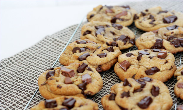 Chunky-Easter-Egg-Choc-Chip-Cookie-Recipe-Paula-Joye