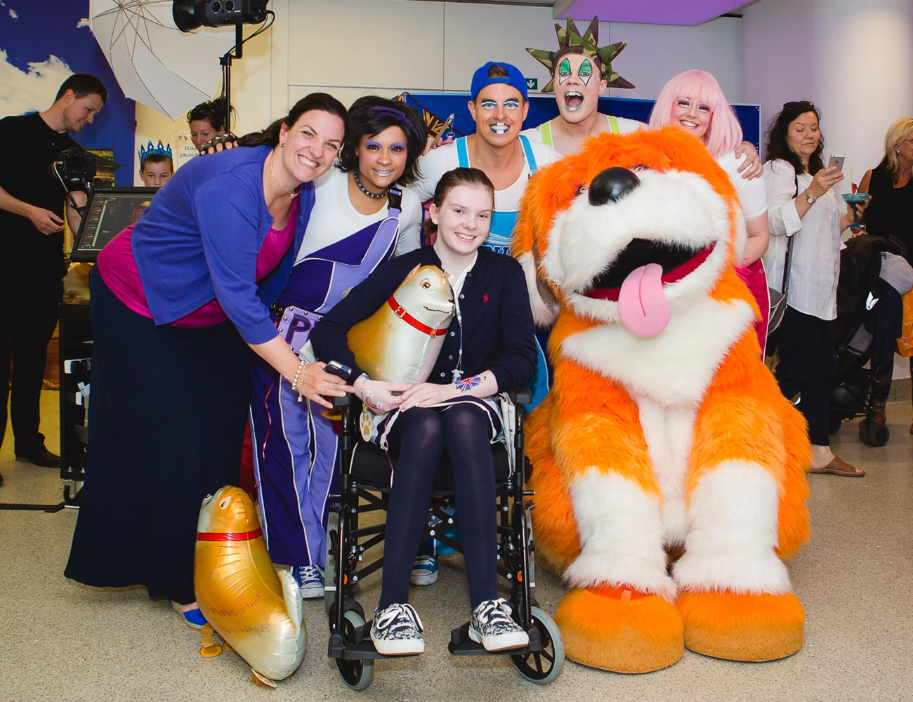 Patient with Butlin's Skyline Gang at Great Ormond Street Hospital