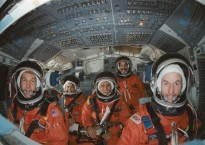 NASA Image & Video Library | STS-34 crew poses on flight deck of JSC's crew compartment trainer (CCT) | All credits to NASA.gov