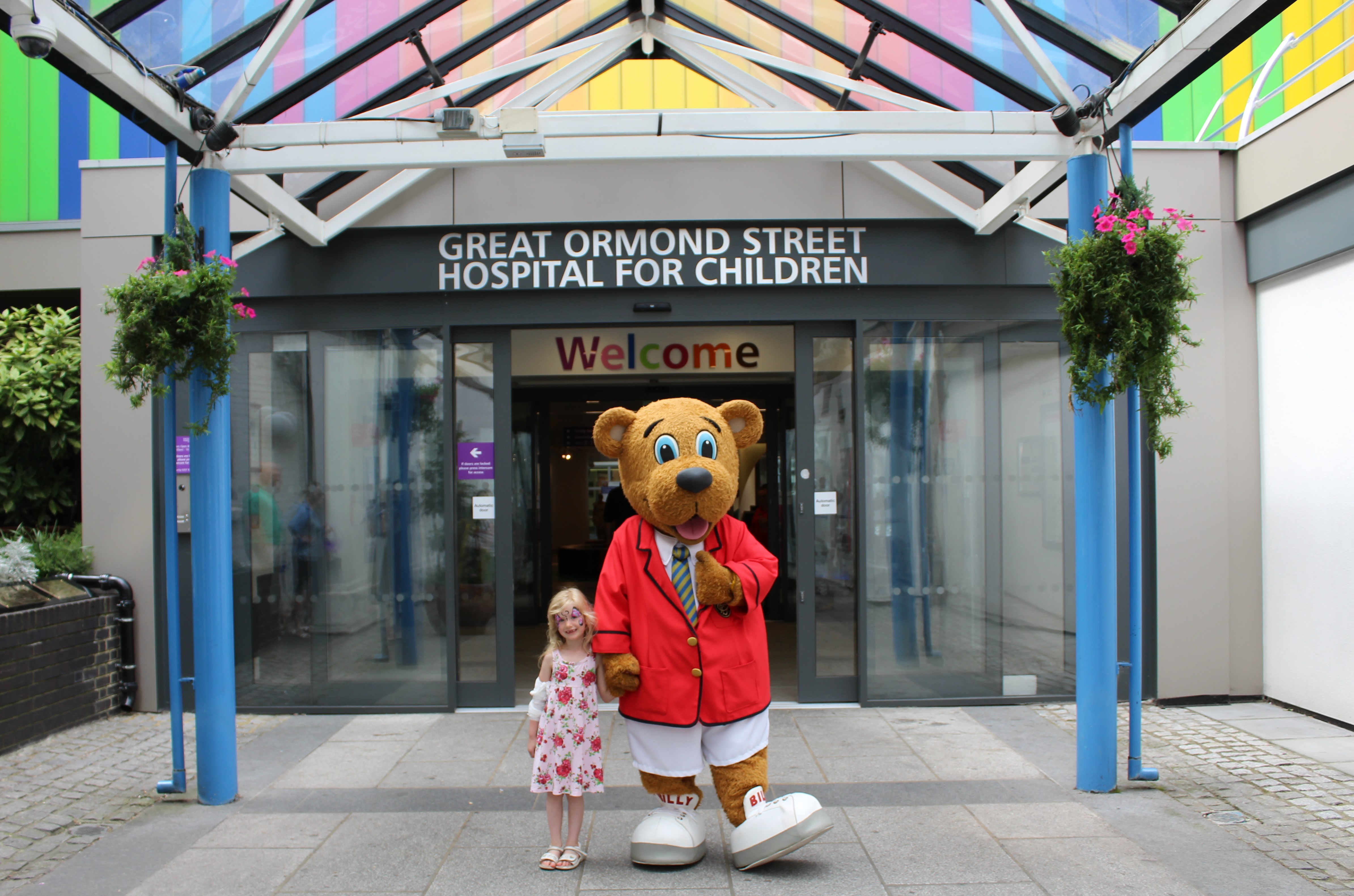 Butlin's Billy Bear visits Great Ormond Street Hospital for GOSH Summer Party | with patient Esther Barry | June 2017