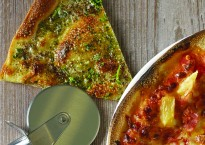 National Pizza Day | Tear n Share Cheesy Garlic Break recipe from chefs at Butlin's Ludo's Italian | Butlins Blog