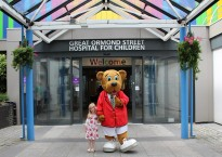 Great Ormond Street Hospital patient Esther with Billy Bear | Butlins Blog