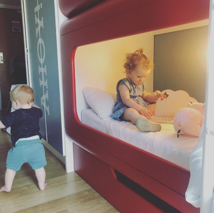 Lola & Kit in the Shoreline Hotel | Just For Tots | Butlin's Blog